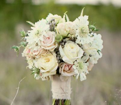bouquet from Stems Events wrapped with linen ribbon