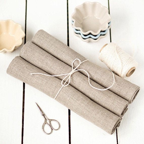 Linen placemats set of 4 Easter placemats Rustic placemats #linen #rusticplacemats #housewarming gift