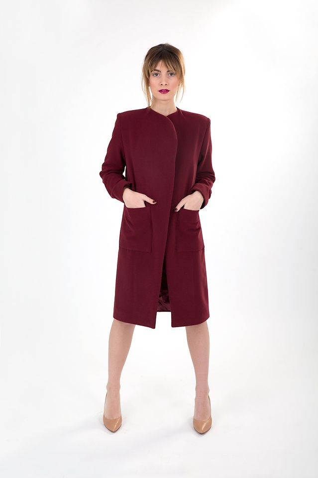Dark red linen coat with side pockets.