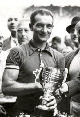 TOUR DE FRANCE 1937 VAINQUEUR ROGER LAPEBIE