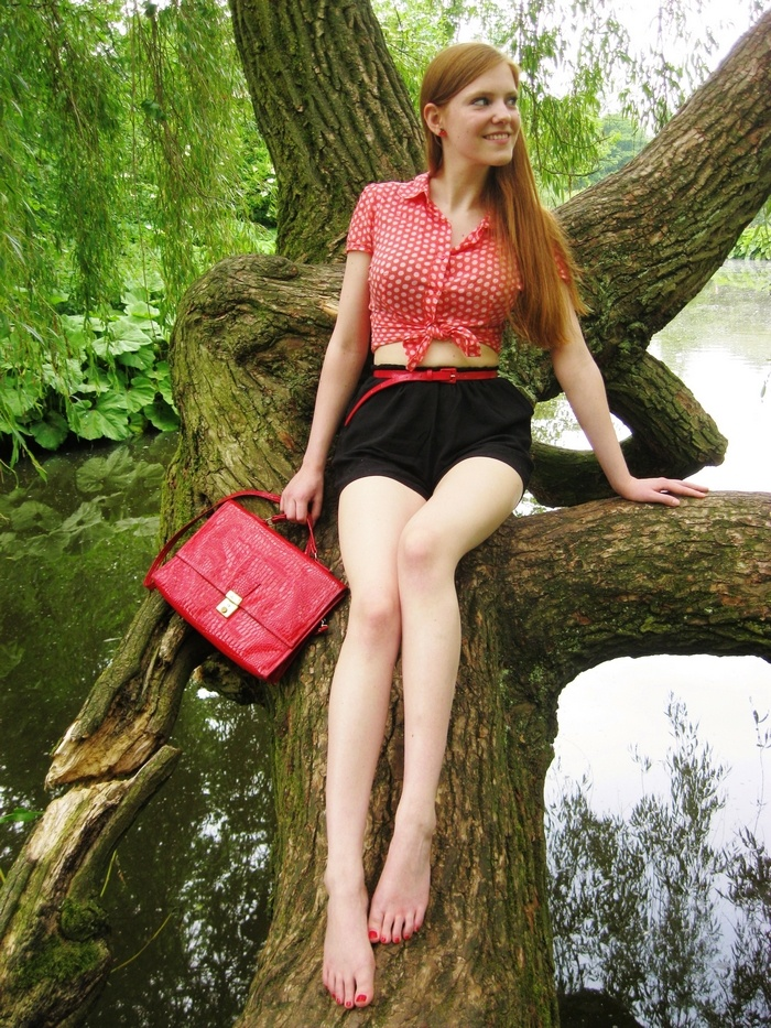 Outfit | Cropped Polka Dots in the Park | Blouse by Pimkie, belt by H, playsuit worn as shorts by Primark, purse thrifted and cherry earrings from a closing sale.    http://red--sonja.blogspot.com/ #Blogger #Vintage #Pinup