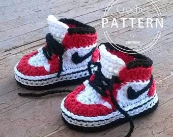 Crochet PATTERN. Birkenstock style baby par ShowroomCrochet sur Etsy