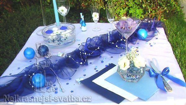 Svatební výzdoba Organza 40 hostů > Výzdoba svatební tabule pro 40 hostů, královská modrá -