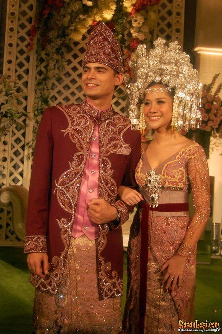Minang dress