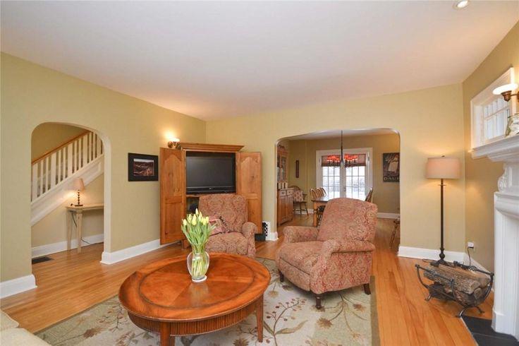 #Ottawa Home with Great Location https://www.snapuprealestate.ca/listing/Ottawa-ON/house-for-sale-612-Highland-Ave%2C-Ottawa%2C-ON-K2A-2K3-5509340747?mortgageVar=m3&utm_expid=87617851-1.urOs7_xsRdulcbXmFu_bHA.3&utm_referrer=https%3A%2F%2Fwww.snapuprealestate.ca%2FmanageListing