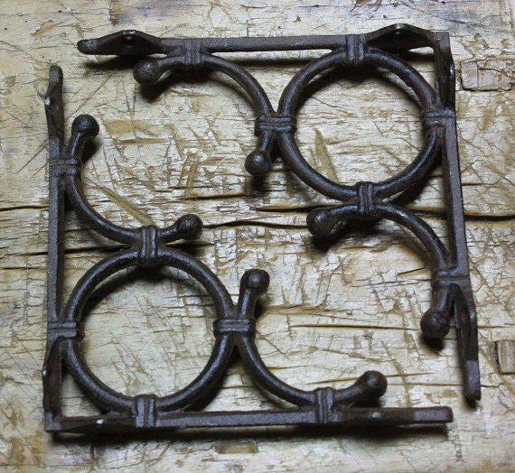 2 Cast Iron Antique Style LARGE IVY SCROLL Brackets Garden Braces Shelf Bracket