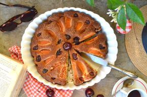 Torta rustica con ciliegie e albicocche - La Figurina