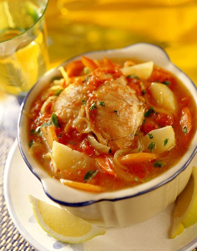 Prepara un clásico Caldillo de Congrio para compartir en familia. ¡A disfrutar de lo mejor de la cocina!