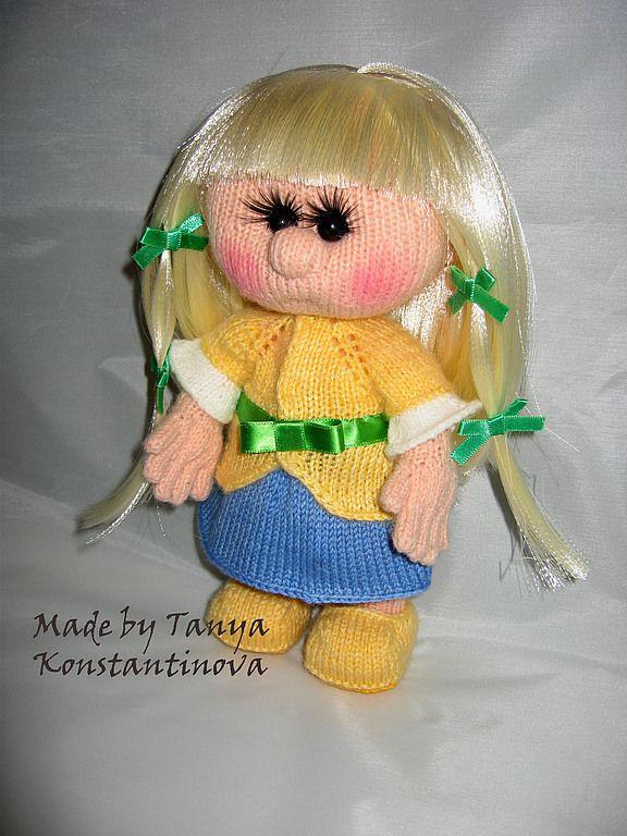 Купить Куклы-пупсы в ассортименте - жёлтый, зеленый, атласные ленты, бусины, голубой, вязание спицами