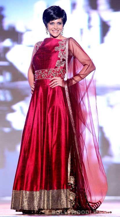 #MandiraBedi red silk anarkali suit #punjabisuitdesings #suitdesigns #punjabisuitgirls #punjabisuitsimages #punjabisuitsonline #designerpunjabisuitpictures