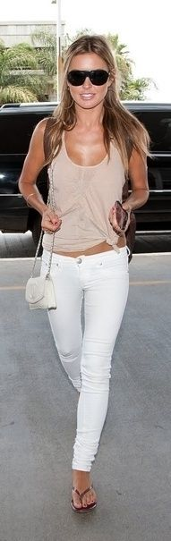 white skinnies and a beige tank, perfect casual look.. It doesn't hurt to be perfectly tan  | followpics.co