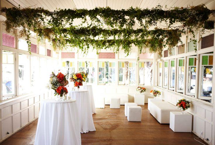 #Hanging #Vine #Installation #Events #PohoFlowers #Poho #Flowers #Weddings