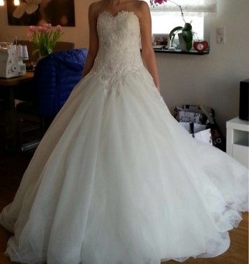 ... Hochzeitskleid-La-Branche-Creme-groesse-36-Gebraucht-fuer-750euro-6259