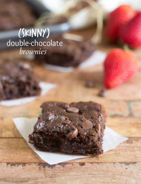 These double-chocolate super fudgy brownies are made with no oil, no butter, and no flour! But the great news is - no weird veggies or beans either. These brownies are incredibly tasty - you won't even miss all the butter and oil!