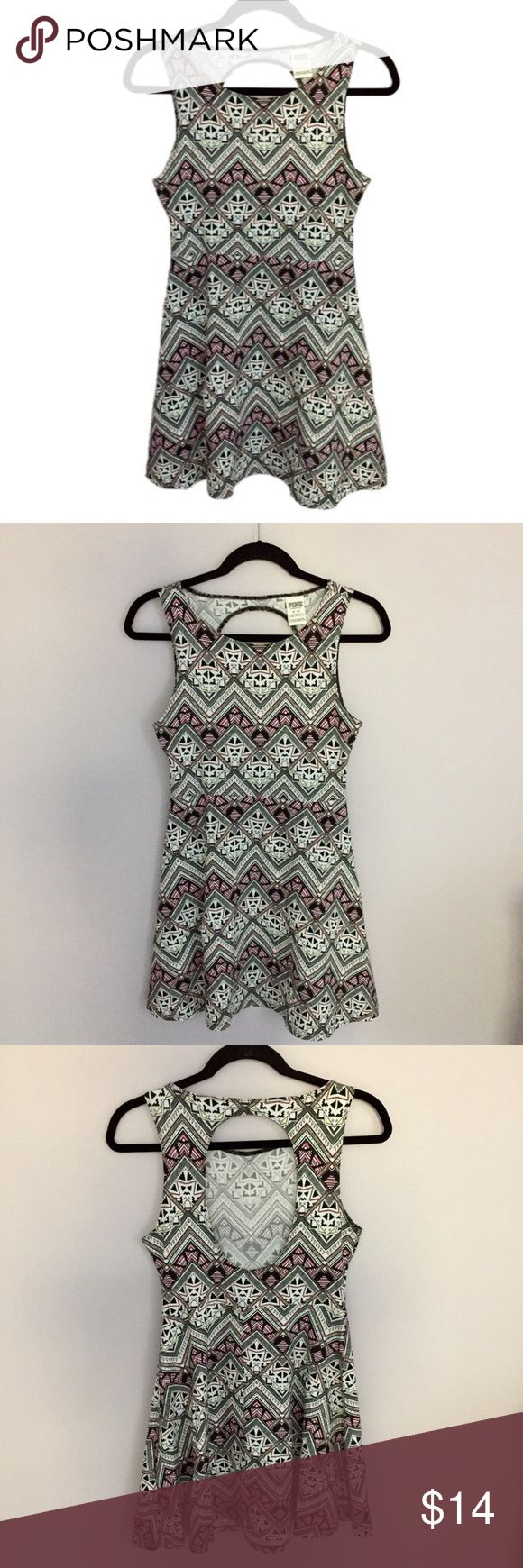 """PINK Victoria's Secret Aztec Print Dress PINK Victoria's Secret Aztec Print Dress. Cut out in the back. I love this pattern! Armpit to armpit 25"""" Waist 27"""" Entire length shoulder to bottom 32.5"""" Excellent Condition! Let me know if you have any questions! ✅ I LOVE OFFERS ✅ 💜INSTAGRAM: @ocaputostyle PINK Victoria's Secret Dresses"""