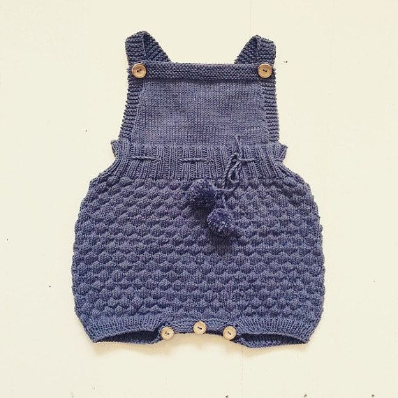 Details about the Romper Suit with sailor bubbles and pom poms - Sizes 50/56 to 110/116 - Knitting Pattern in English (cm) - Recommended needles: