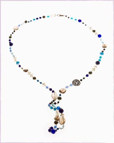 semi precious stones necklace, made with love.