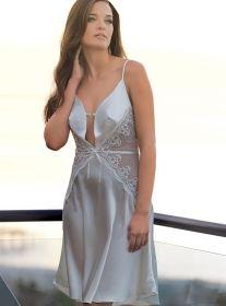 Anıl İç Giyim Derin Göğüs Dekolteli Saten Gecelik 7025  İnce askıları ve dantel detayları ile çok şık  Anıl iç giyim gecelik modelleri