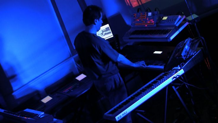 Alba Ecstasy & Nord: Live at the Library. Nord playing the Kurzweil K2500 X.