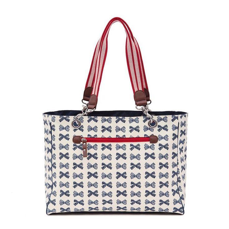 Εκπληκτική μοδάτη tote bag με τον χαρακτηριστικό μπλε φιόγκο της Pink Lining! Πρακτικός σχεδιασμός, ασφαλή υλικά κατασκευής.