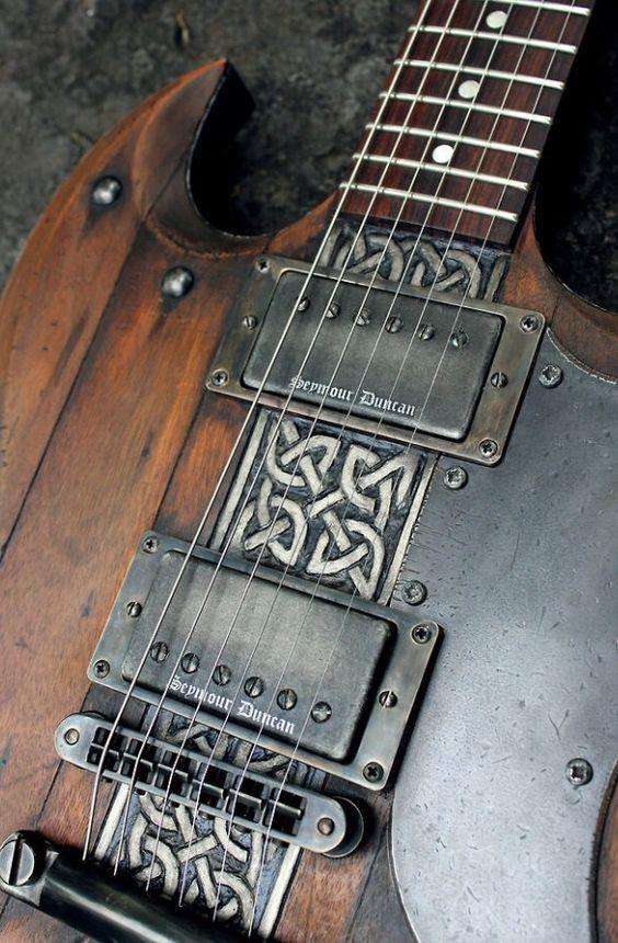 Viking Guitar: