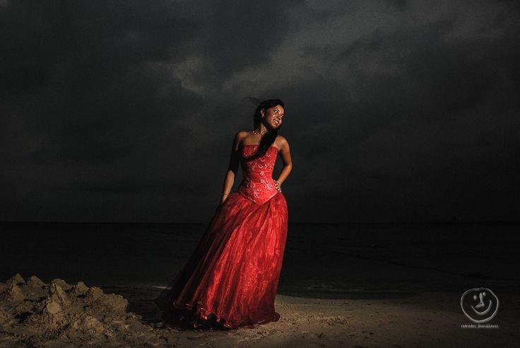 fotografia trash the dress de xv años