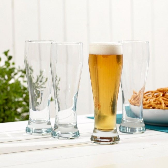 Say 'cheers!' with a new set of Circleware Pilsner Glasses. These traditional style pilsner glasses bring out the flavours of your favourite beer.