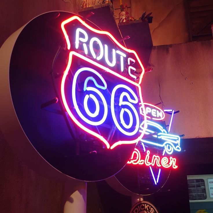 #neon #route66 #awesome #love #photo #beautiful #photooftheday