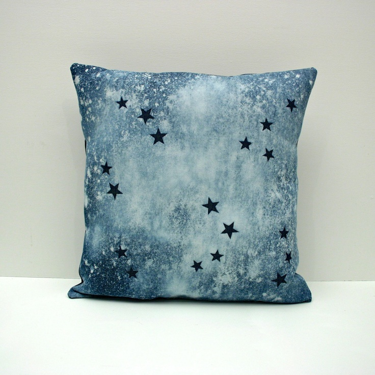 Decorative Denim Pillows : 112 best images about denim decoration on Pinterest Indigo, Blog page and Denim couch