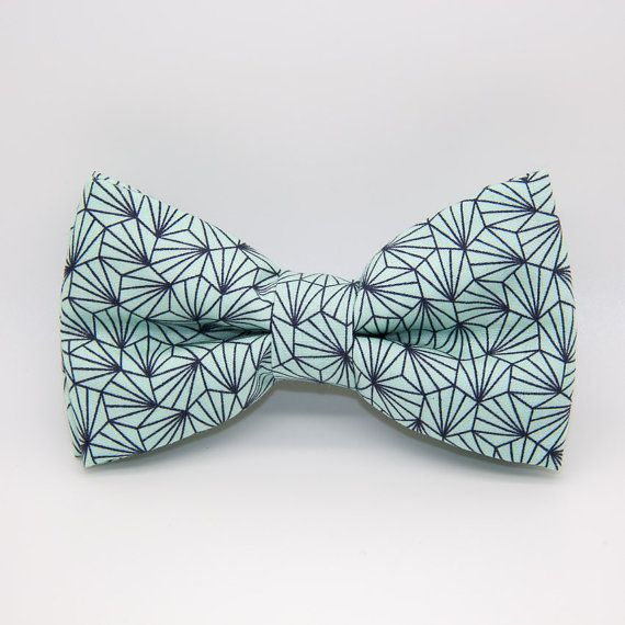Bowtie in green mint with geometric pattern / wedding accessories / handmade