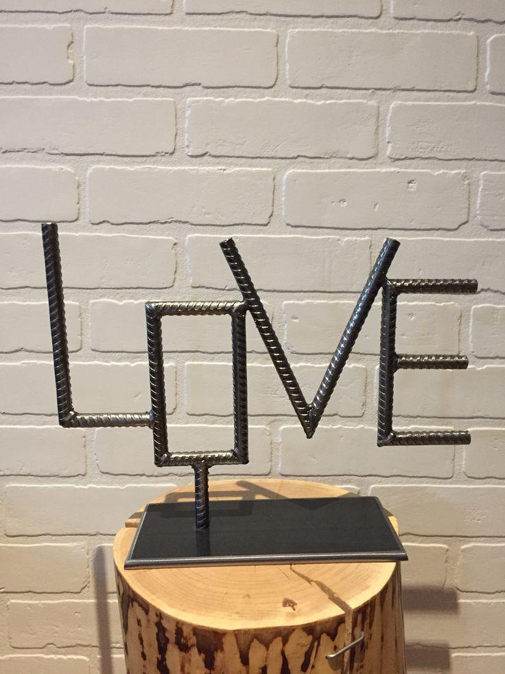 Love & Rebar Von Yanick Bluteau