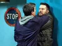 Monday 25 January 2016 - Ross Barton [MICHAEL PARR] is winded to see the finality of Debbie's disappearance as Cain Dingle [JEFF HORDLEY] gives Laurel the keys to Mulberry. Ross secretly grabs Cain's phone and finally gets through to Debbie but when Cain finds him talking to his daughter he goes of the offensive - What will he do to Ross?