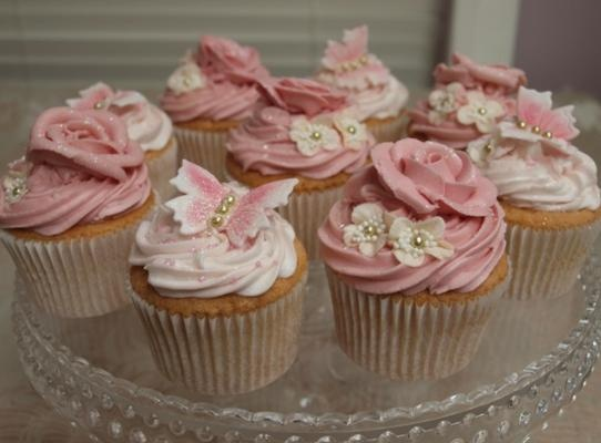 Victorian cupcakes from solidrecipe.com