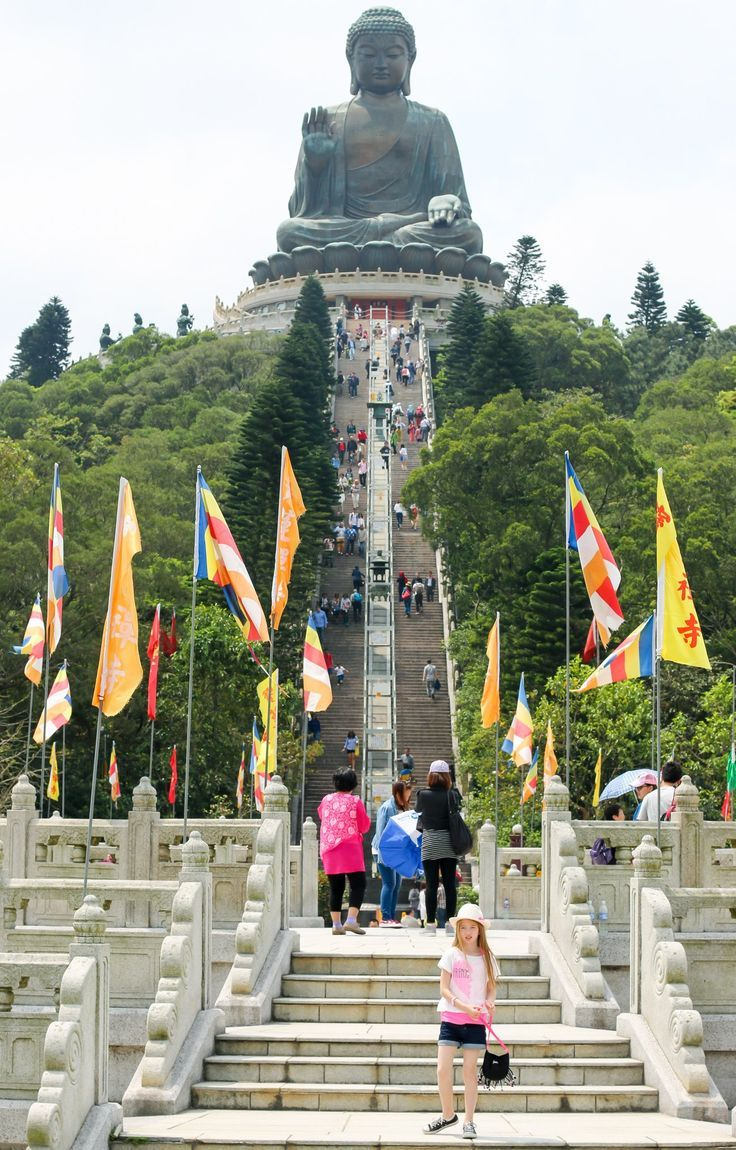 Guide to Visiting Hong Kong's Big Buddha and Po Lin Monastery