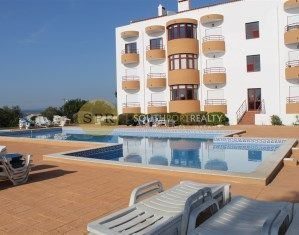 Apartment In Montes Alvor