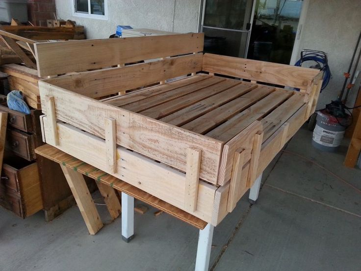 Upcycled Pallet Dog Bed Pallets Reuse Pinterest Dog