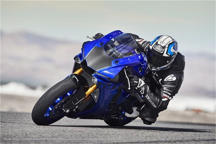 2018 Yamaha YZF-R1 Price Is Rs. 20.73 Lakhs | MotorBeam