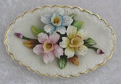 Vintage Capodimonte Italy Hand Painted Porcelain 3D Flowers Floral Gold Trim Decor