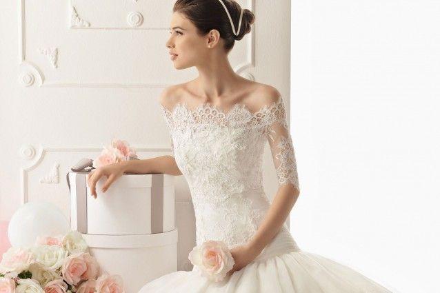abito da sposa con corpetto in pizzo...per un matrimonio romantico!