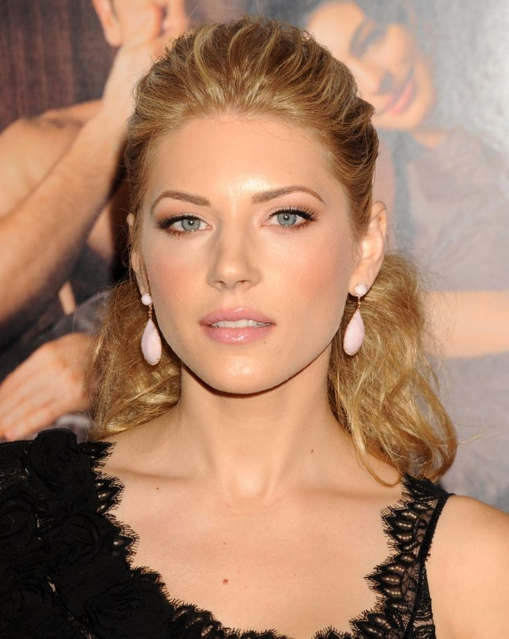 Katheryn Winnick (from Vikings TV show) she is beautiful as a Viking woman also!