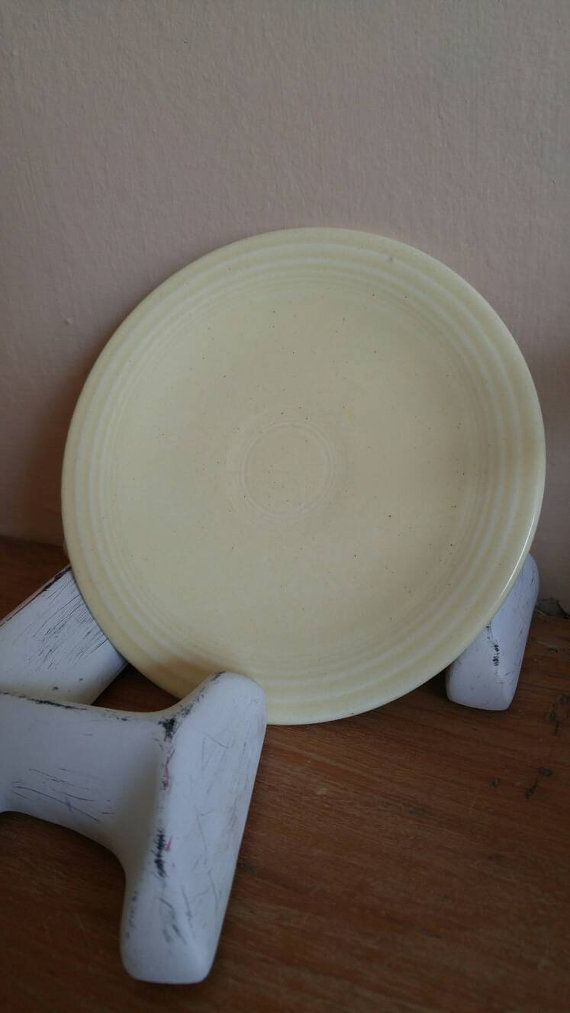 Check out this item in my Etsy shop https://www.etsy.com/ca/listing/452774794/old-ivory-bread-and-butter-plate