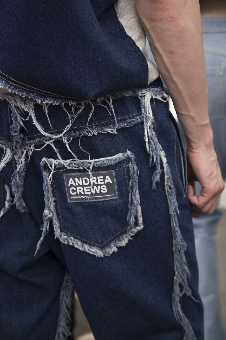 Andrea Crews  SS17 - Inspiração Buzzy Disrupt Verão 18' Vicunha Têxtil  #denim #brim #fashion #trend #ss18  #young  #fun #unusual