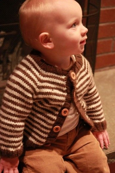 Little Coffee Bean free baby cardigan pattern. Seamless with worsted weight yarn. I love this striped jersey.
