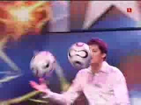 Britain's got talent - Ball juggler