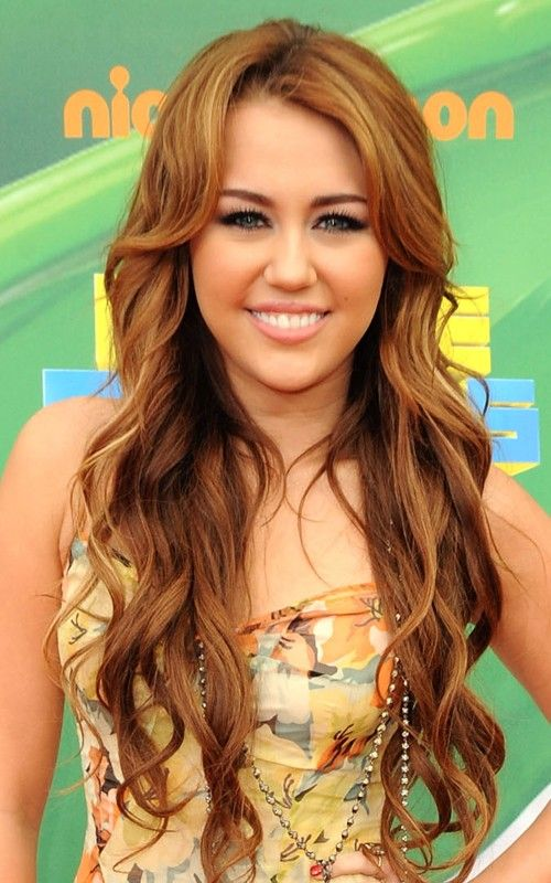 Brown+Hair+with+Auburn+Highlights | Miley Cyrus With Long Loose Curly Hairstyle Miley Cyrus With Long ...