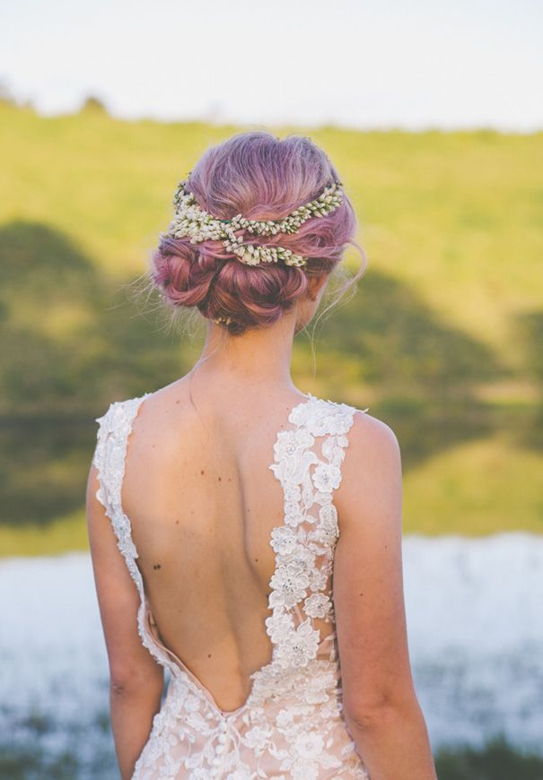 ASH   MATT - l love everything about her! Her dress, her pastel pink hair, her beautiful halo!