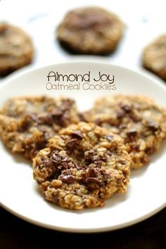 Almond Joy Oatmeal Cookies -- almond flour, coconut, and chocolate in a soft and chewy gluten-free oatmeal cookie || http://runningwithspoons...