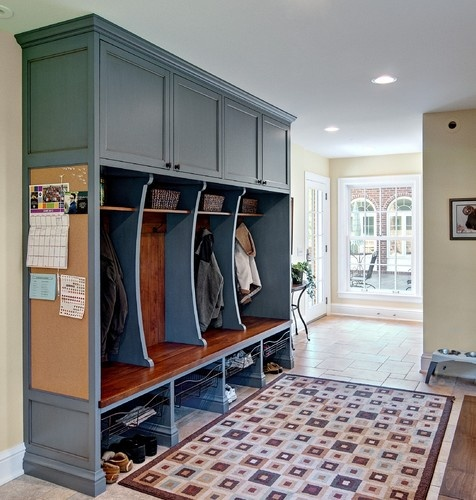 Classic mudroom cubbies - traditional - entry - minneapolis - Steven Cabinets