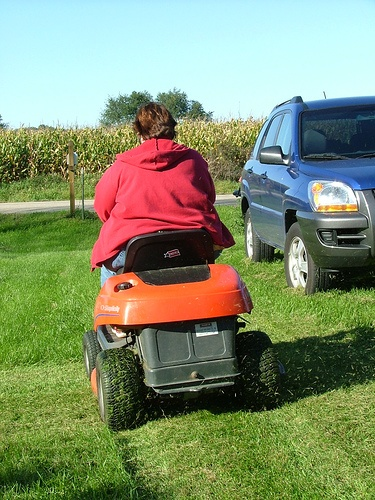 Fix a Flat on a Riding Lawn Mower -- This really worked for me.  Have to love the internet!