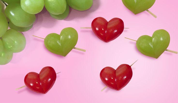 Till Alla hjärtans dag passar det bra med en buffé av ätbara hjärtan.